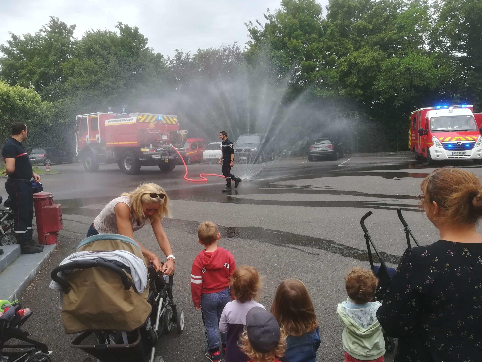 image d'illustration de l'article Les petits chez les pompiers